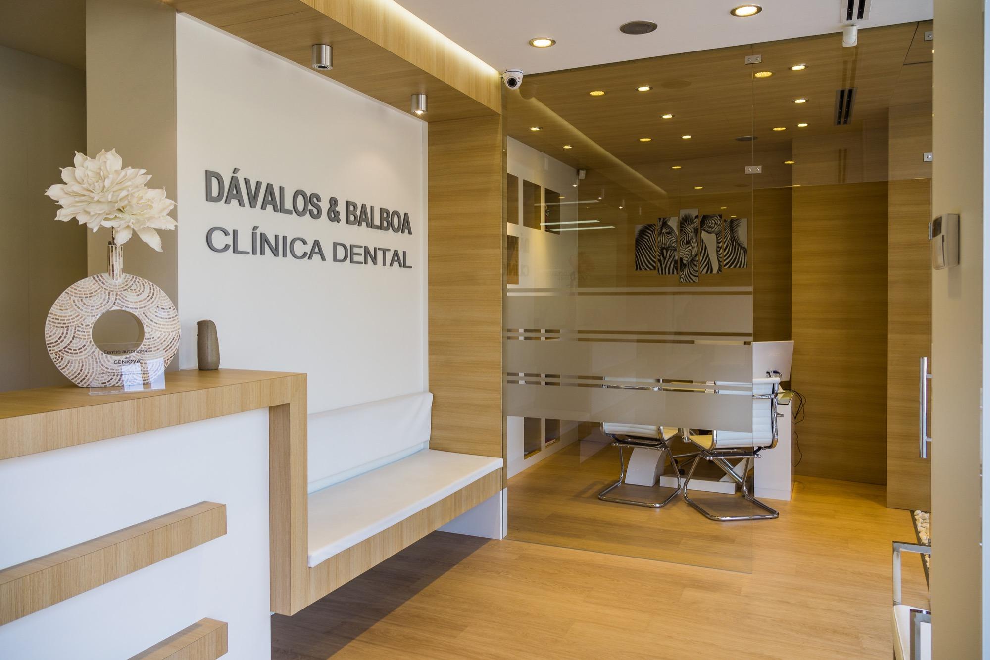 Clinica dental en murcia centro d valos y balboa - Clinica dental moderna ...